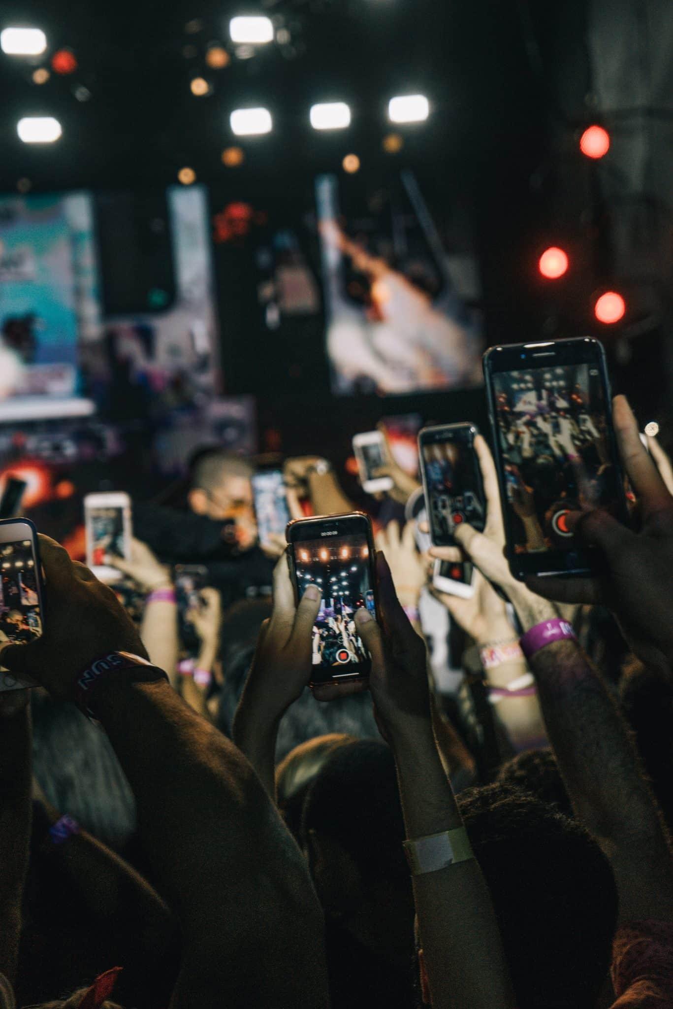 Videoiden suosio kasvaa sosiaalisessa mediassa