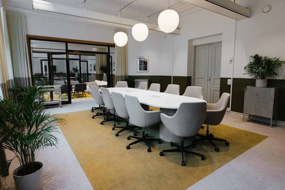 Kornerin toimiston kokoushuone.